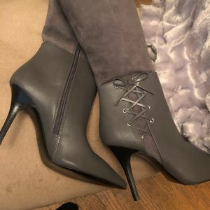 Sharp, combination grey suede &leather boots